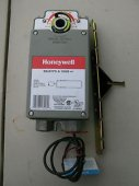 New Honeywell ML8175A1009 Direct Coupled Rotary Actuator